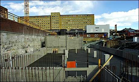MÅ TÅLE KUTTE: St. Olavs hospital. Foto: VG