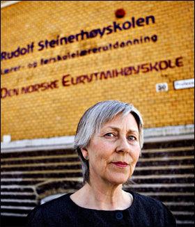 Forsvarer metoden: Gerd Eva Valøen ved lærerutdanningen på Steinerhøyskolen. Foto: Marte Vike Andersen