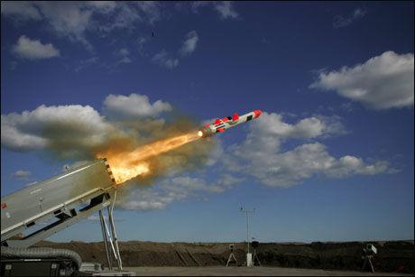 Mislykket: Det var en prototype av denne raketten som ikke klarte å ta av fra rampen under prøveskytingen. Foto: Kongsberg Defence