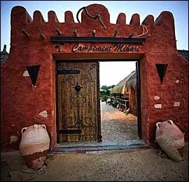 LEIREN: Porten inn til det moderne og behagelige beduinlivet. Foto: Terje Bringedal