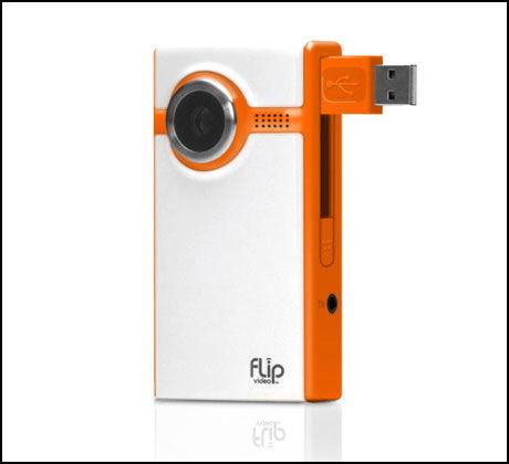 750 KRONER: The Flip Ultra koster bare 750 kroner og kan lagre en time video. Foto: The Flip