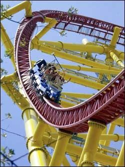 128 METER: «Top Thrill Dragster» byr også på nok spenning for de som våger en tur. Foto: European Coaster Club