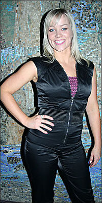 Maria kjemper mot venninnen i Melodi Grand Prix!