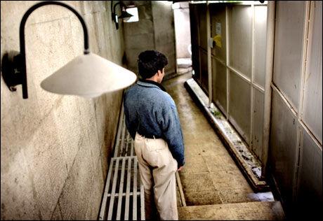 PÅ VEI UT: Mohammed har fått beskjed om at han må forlate Iran innen femten dager. Foto: Espen rasmussen
