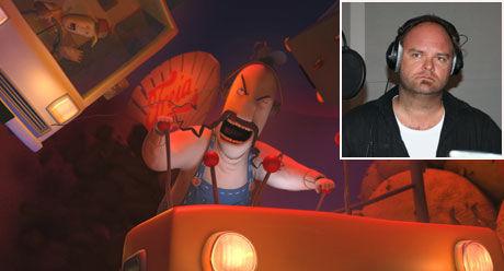 KURT OG ATLE BLIR GRUSOM: Komiker Atle Antonsen i studio som truckfører Kurt. Foto: Nordisk Film/Øystein David Johansen
