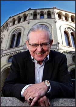 HAR TROEN: Politisk redaktør i Dagsavisen, Arne Strand, tror at Lars Sponheim har store muligheter for å bli statsminister etter neste års stortingsvalg. Foto: Jan Petter Lynau