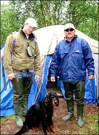 Fikk besøk av bjørn i teltet