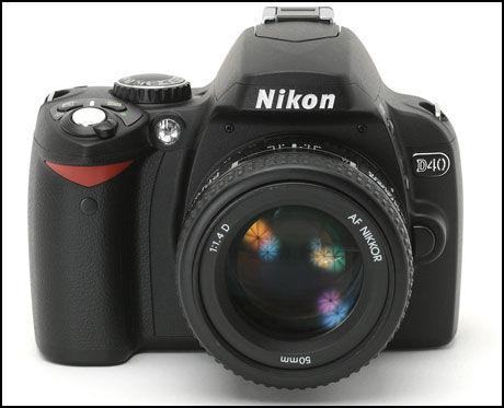 BILLIG: Nikon D40 koster nå 2.790 kroner med objektiv. I desember 2006 kostet D40 5.500 kroner. Foto: Nikon