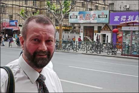 SHANGHAIET: Ingar Holst (47) har blitt fastboende i Shanghai, på grunn av helsetilbudet. Foto: GEIR TERJE RUUD