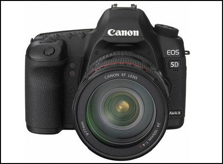FULL HD: Canons EOS 5D Mark II blir det første speireflekskameraet som kan filme video i full HD. Foto: Canon