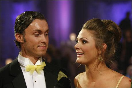 FAVORITT RØK UT: Egor og Jenny Skavlan røk overraskende ut i kveldens episode av «Skal vi danse». Foto: Scanpix