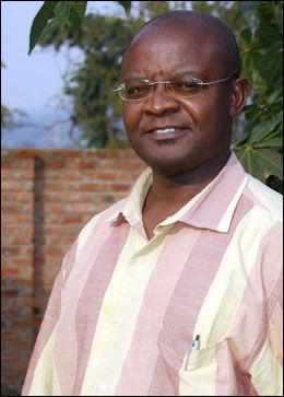 FÅR PRIS: Bulambo Lembelembe Josué er tildelt raftoprisen 2008 for sitt arbeid i hjemlandet Kongo. Foto: Foto: Tor Magne Kommedal / Raftostiftelsen