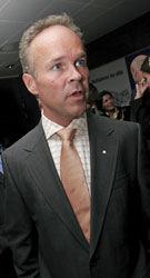 KRITISK: Høyres Jan Tore Sanner mener finansministeren må gjøre endringer i neste års statsbudsjett. Foto: Scanpix