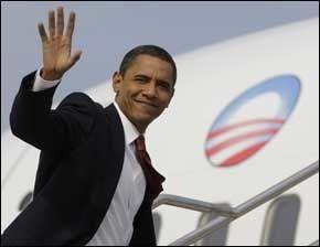 REISEKLAR: Fra Indianapolis dro Barack Obama direkte til bestemor på Hawaii. Foto: AP