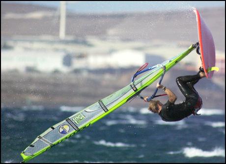 SURF, KITE OG DYKK: VG Netts lesere anbefaler sport og sjøliv på turer til Gran Canaria. Foto: Reinhard Müller.