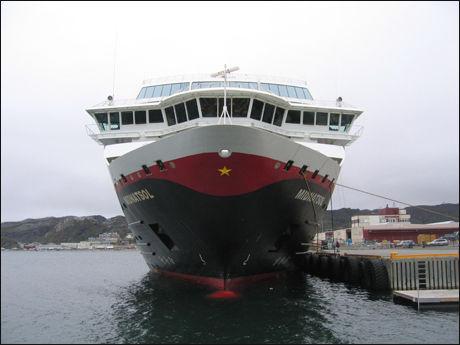 SLITER: Hurtigruten sliter økonomisk, og folk langs kysten frykter for den viktige ruten. Foto:Scanpix