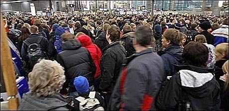 SINTE PÅ STERLING: Hundrevis av nordmenn har billettpenger tilgode hos Sterling - tilgodehavende etter fly-kanselleringer som skulle brukes til senere reiser. Nå er pengene trolig tapt. Foto: