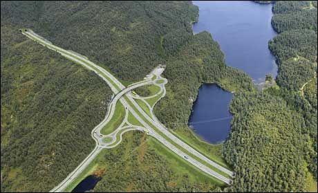 ENDELØS PLANLEGGING: Slik skal E39 se ut der den passerer Endelausmarka nord for Os. Foto: Illustrasjon: STATENS VEGVESEN