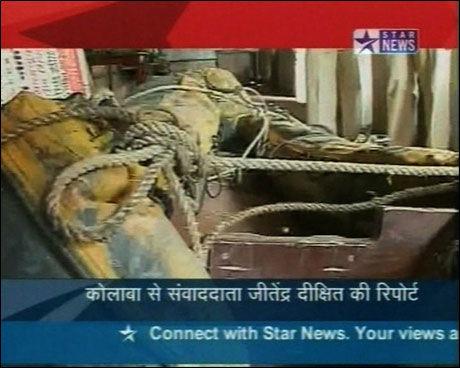 KOM SJØVEIEN: Dette skal angivelig være båten terroristen ankom Mumbai i. Foto: Faksimilie: Star News