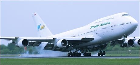 TAR IKKE AV: Det eneste bildet som finnes av Krabi Airline er dette manipulerte jumbojet-bildet. Foto: Krabi Airline