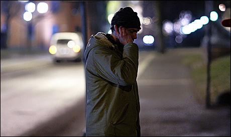 TOK NY SEXKUNDE: Leder for for politiets STOP-gruppe, Harald Bøhler, opplyser at det nesten er fritt for sexkunder i gatene etter de siste aksjonene. Foto: Tore Kristiansen