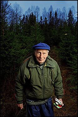FRILUFTSMANNEN: Arne Næss var kjent som fjellklatrer og innførte bolteteknikken i Norge. Han sto i spissen for klatreekspedisjoner til Tirich Mir i Pakistan i 1950 og 1964. Han tok helt til det siste gjerne også en boksekamp, i all vennskapelighet. Foto: Karin Beate Nøsterud