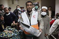 - 500 innesperret i brennende sykehus i Gaza