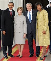 Michelle Obamas skinnende høytidskjole