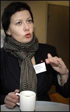 SNÅSA-JA: Ap-nestleder Helga Pedersen ville ikke hatt noen problemer med å ringe Snåsamannen eller andre helbredere. HUn sier det er helt vanlig i hennes miljø i Finnmark. Foto: Scanpix