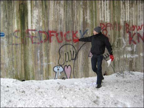 LEGENDARISK TAGGING: Kristopher Schau greide ut om den kjente «Sædfuck»-taggingen på Bøler. Foto: Øystein David Johansen