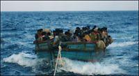 Slepte Burma-flyktninger ut til havs