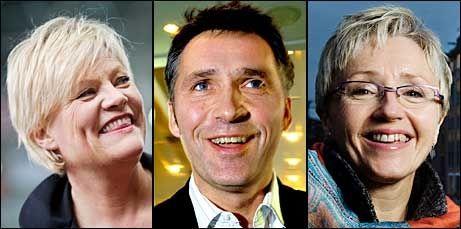 GRUNN TIL Å SMILE: De rødgrønne partilederne Kristin Halvorsen (SV), Jens Stoltenberg (Ap) og Liv Signe Navarsete (Sp) får flertall i en ny meningsmåling. Foto: SCANPIX/VG