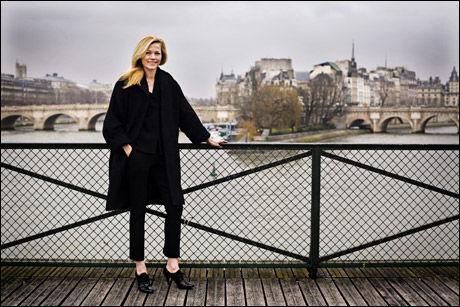 I SENTRUM: Norske Gunhild Nygaard har gjort braksuksess med sine solokolleksjoner og lagt Paris for sine føtter. Nå håper hun å åpne sin egen butikkjede med utgangspunkt i den inspirasjonen hun henter fra miljøet i den franske hovedstaden. Foto: Jørgen Braastad/VG