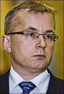 PROVOSERER: Justisminister Knut Storberget har gjort seg upopulær blant et stort antall polititjenestemenn. Foto: Frode Hansen