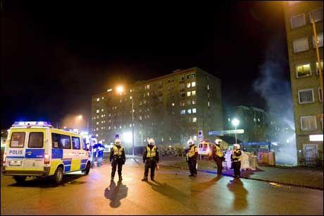 UROLIG: Bydelen Rosengård i Malmö skal være preget av en økende radikalisering skriver Magnus Rosentorp i sin rapport. Foto: Scanpix