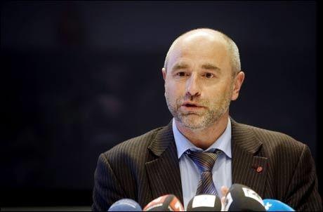 VARSLER TILTAK: Arbeidsminister Dag Terje Andersen holdt mandag ettermiddag en pressekonferanse hvor han annonserte at Nav får beholde sine midlertidige stillinger. Foto: Scanpix