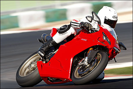 PÅ MESSEN TIL HELGEN: Ducati 1198/S med nytt antispinnsystem. Foto: Bike