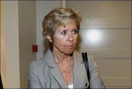 VIL HA JENTE-SESJON: Forsvarsminister Anne-Grete Strøm-Erichsen har fremmed lovforslag som vil føre til at kvinner blir kalt inn til sesjon. Foto:
