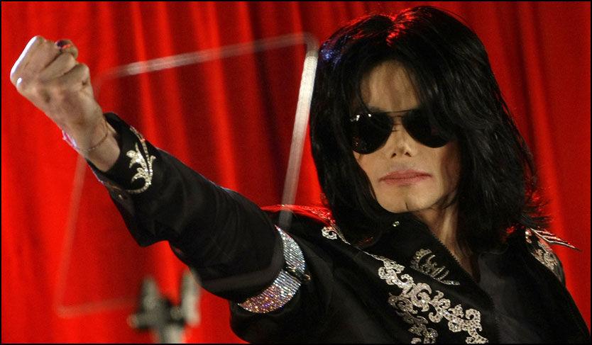 TIDENES POP-COMEBACK: Michael Jackson på forrige ukes pressekonferanse. Foto: REUTERS