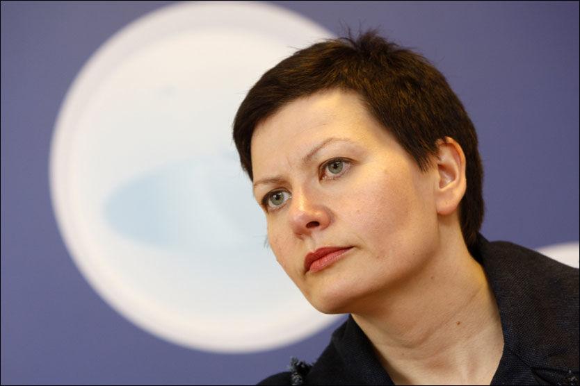 AVSLAG: Fiskeriminister Helga Pedersen har takket nei til å spise middag med AUF og Natur og Ungdom for å drøfte oljevirksomhet i Barentshavet. Foto: Scanpix