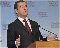 Medvedev sparker guvernøren i Murmansk