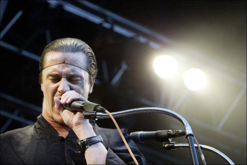 TIL HOVE: Her opptrer Mike Patton på Quartfestivalen ved en tidligere anledning. Foto: Espen Braata/VG