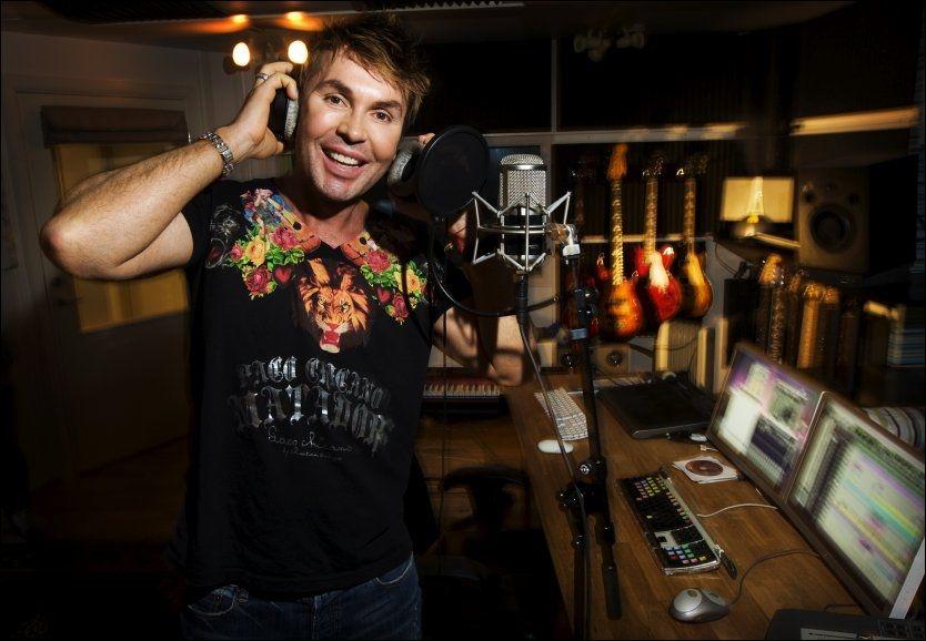 PLATEKLAR: Jan Thomas håper hans nyeste låt «Get up and dance» blir en påskehit. Foto: Frode Hansen/VG