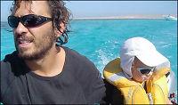 Colin (3) og foreldrene kidnappet av somaliske pirater