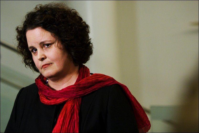 PRESSET: Næringsminister Sylvia Brustad er under hardt press fra opposisjonen i Aker-saken. Foto: Frode Hansen