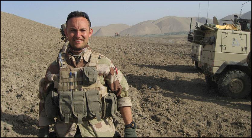 OFFISER: Her er avdøde Trond Petter Kolstad under et oppdrag i Afghanistan i 2008. Foto: Forsvaret