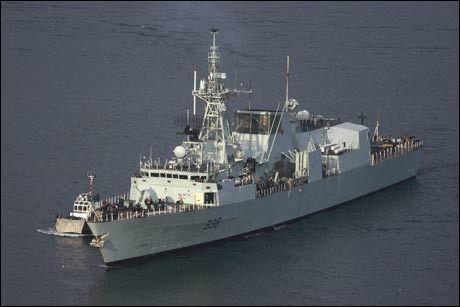 JAGET PIRATENE: Det kanadiske krigsskipet HMCS «Winnipeg». Foto: Wikipedia