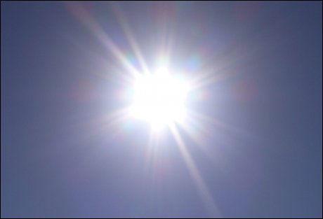SOL: 1. mai kan du glede deg til skikkelig solvær de fleste stedene i landet. Foto: VG
