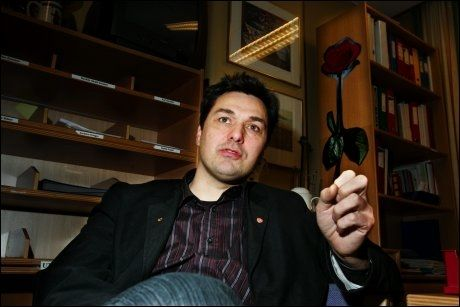 FORHANDLINGER: Olav Akselsen mener styrkeforholdet mellom de rødgrønne partiene blir avgjørende for EU-formuleringen i en ny regjeringserklæring. Foto: Frode Hansen
