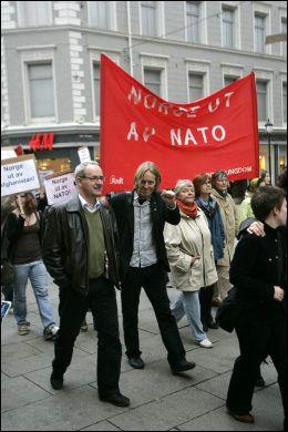 I UTAKT? SVs Hallgeir Langeland fotografert under en demonstrasjon i 2007. Foto: SCANPIX